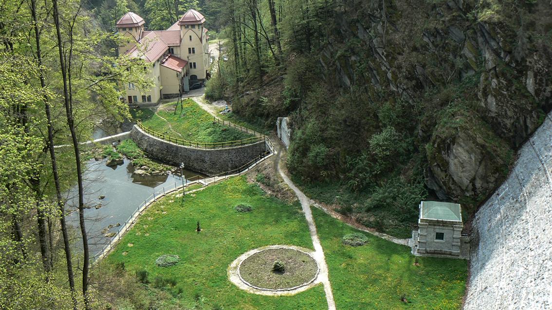 Zapora wodna, Leśna. 2008 r.