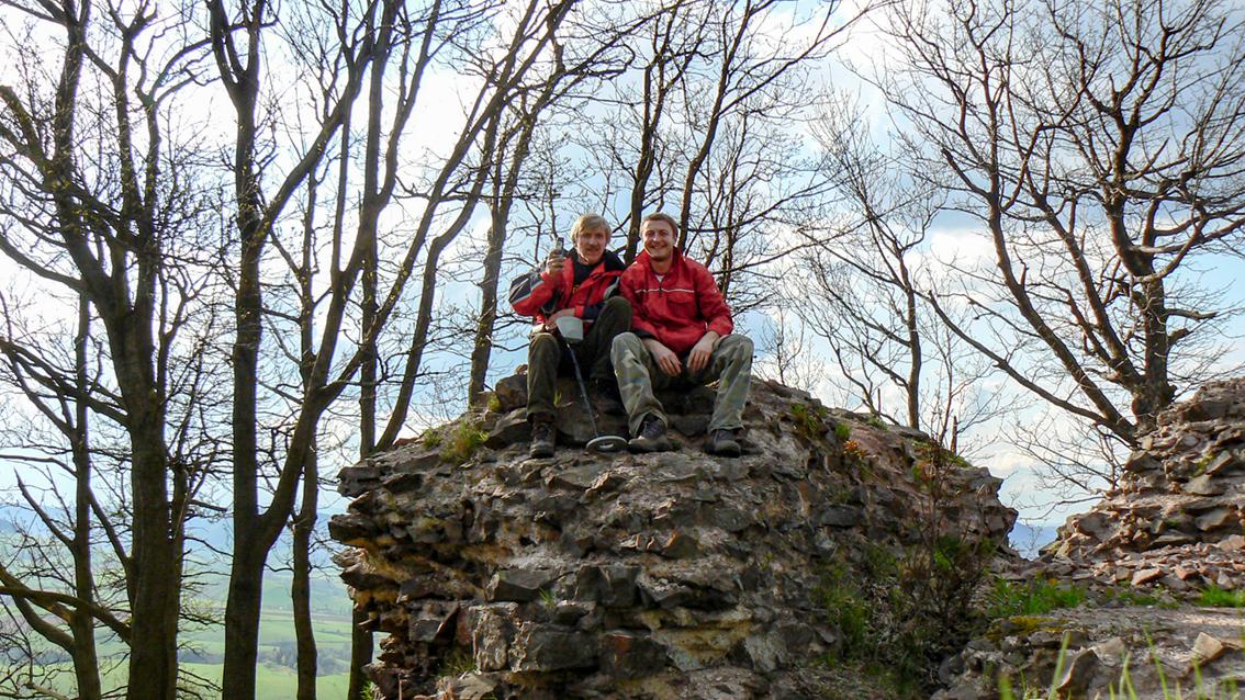 Ruiny zamku Rogowiec, góra Grzmiąca. 2008 r.