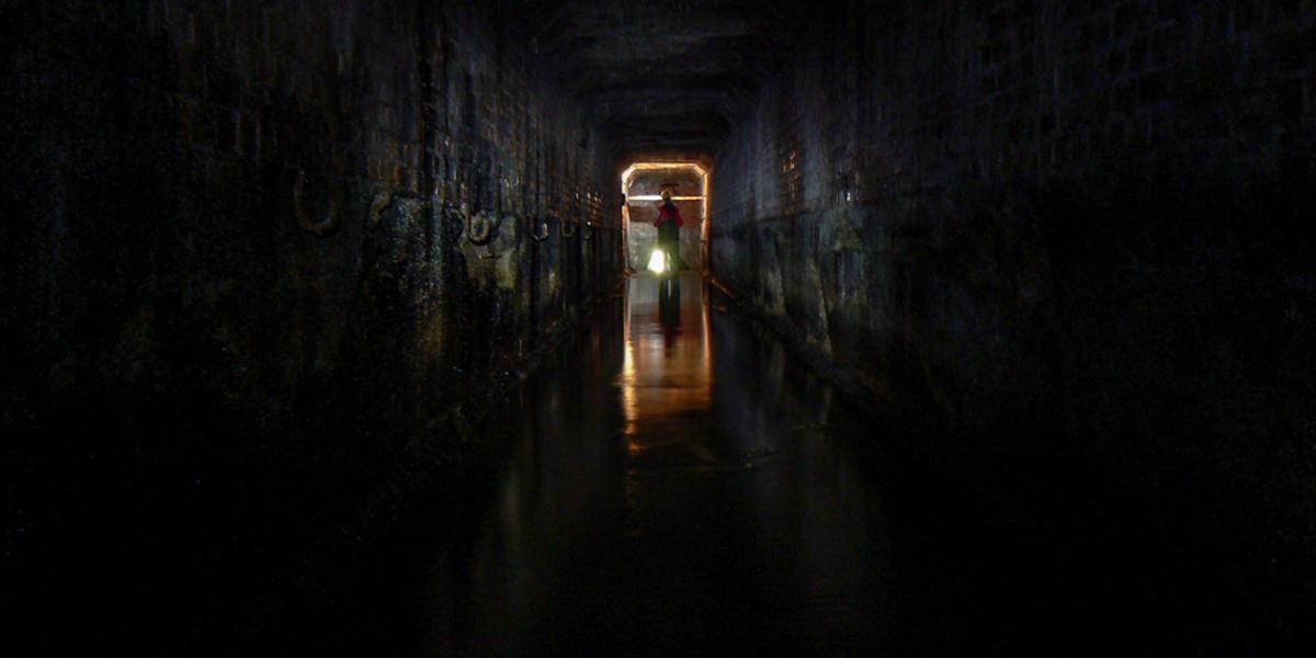 Tunel odwadniający pod placem kopalni Wacław (niem. Wenceslaus), Ludwikowice Kłodzkie. 2011 r.