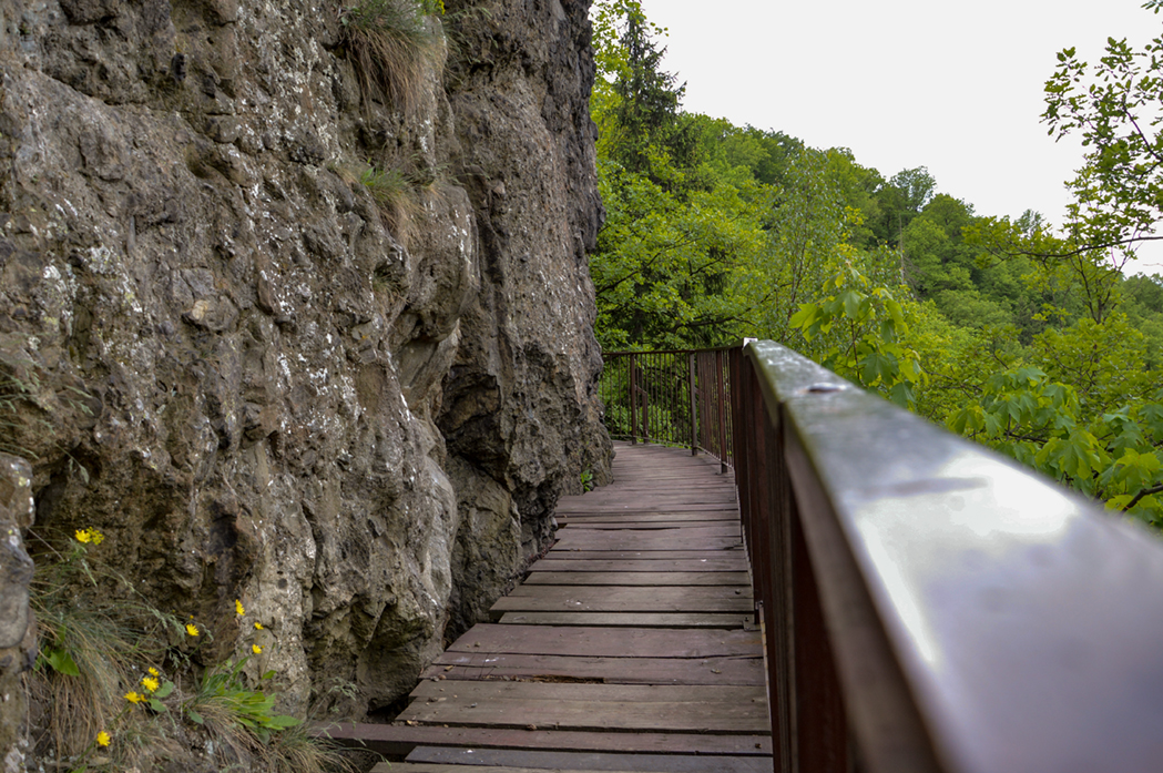 Szlak wiodący od zamku Książ do starego zamku