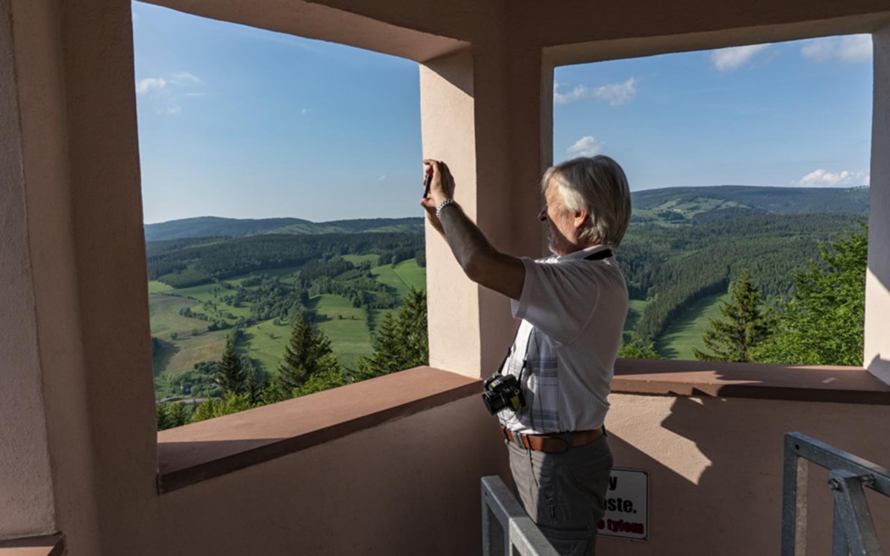 Wieża widokowa na Włodzickiej górze, czerwiec 2019 r.